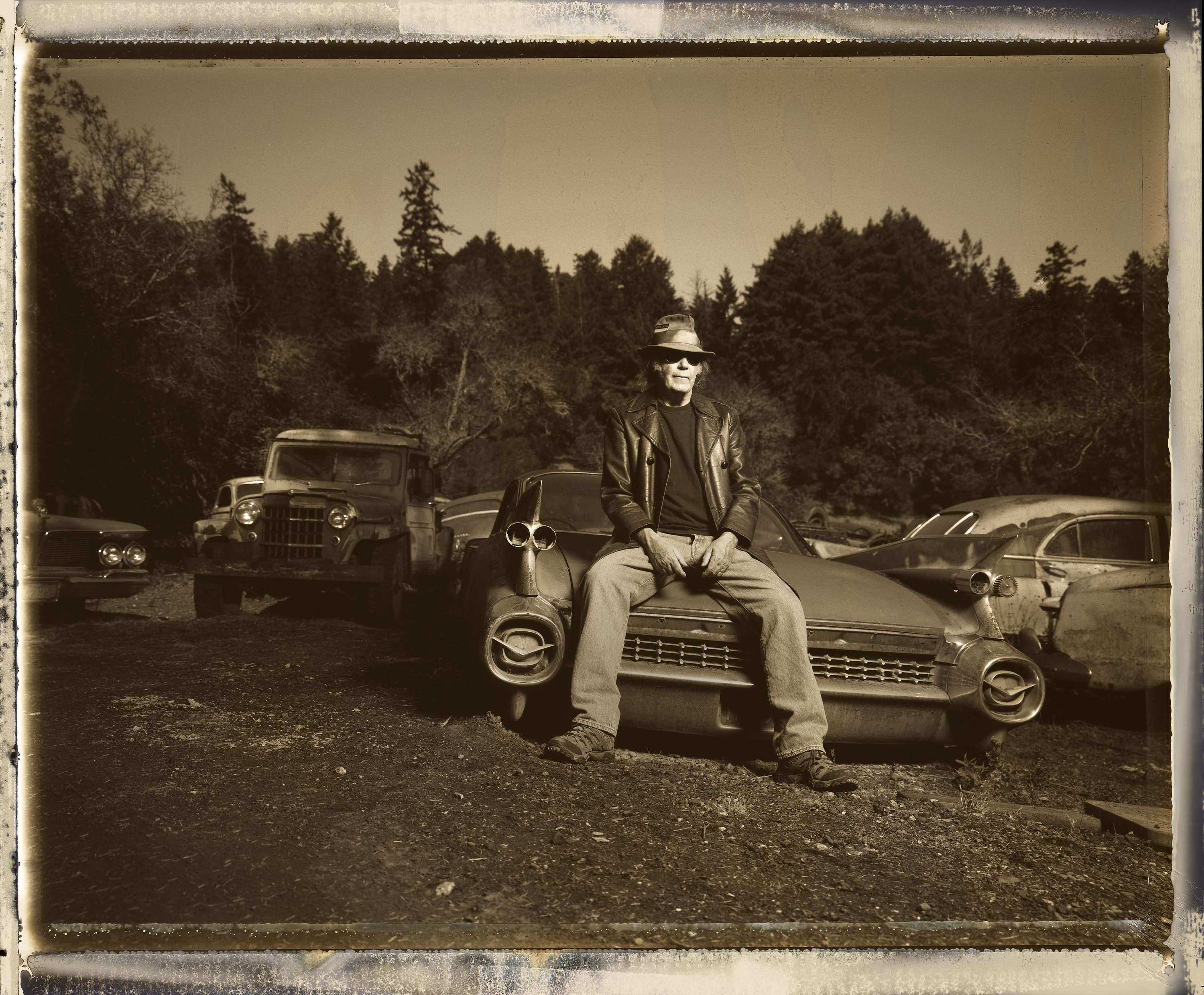 Foto Neil Young k albu The Visitor
